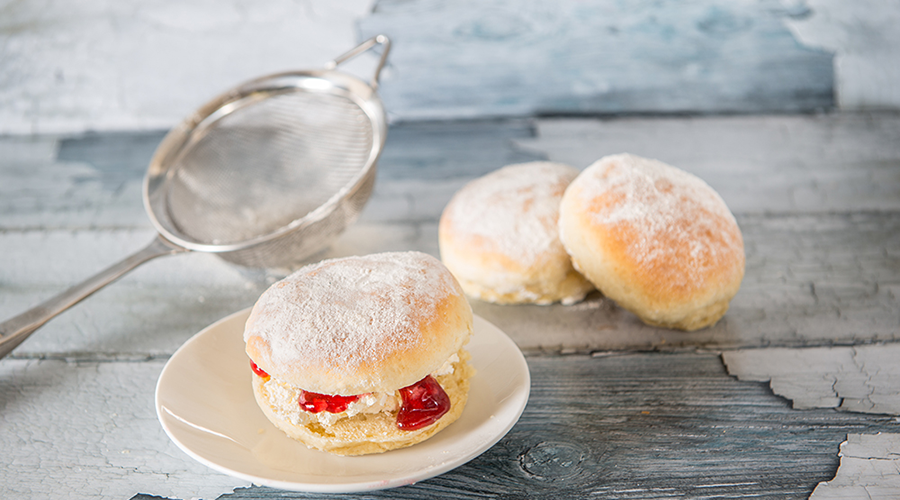 Murrays Cream and Jam filled Plain Scones