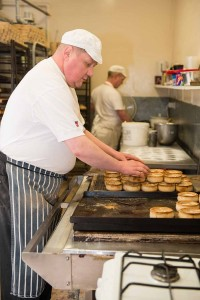 Murrays Bakers - And we pack them up